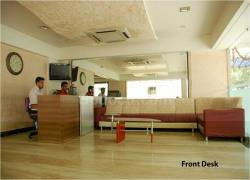 Criticare Multispeciality Hospital-CCFront_desk272.jpg