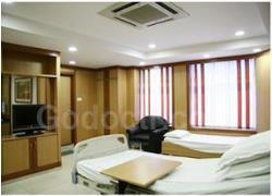 Asian Institute of Gastroenterology-asianrooms_luxury_suite_1293.jpg