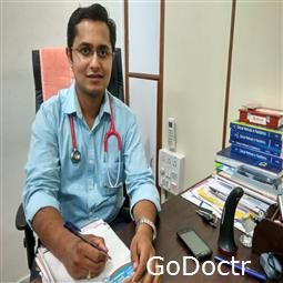dr.-sandeep-patil-pediatrician